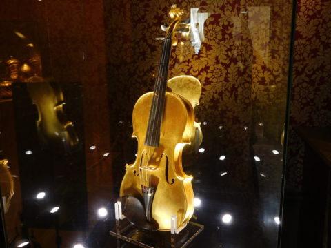 ハウステンボス金のバイオリン